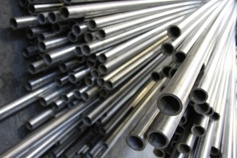 Lavorazione tubi acciaio